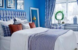 Преимущества синих штор в интерьере разных комнат