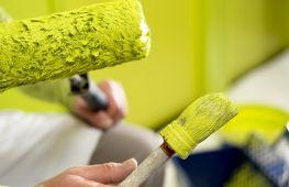 Акриловая и латексная краска: чем они отличаются и какая из них лучше