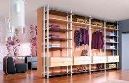 Гардеробная комната в жилище любого размера: правильная планировка и советы специалистов