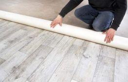 Работа с линолеумом в домашних условяих: как склеить материал быстро и качественно