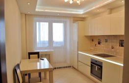 Варианты дизайна двухуровневого потолка на кухне