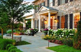 Различные варианты дизайна двора в частном доме