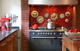 Как выбрать панно на кухню: идеи и рекомендации