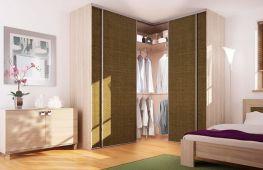 Планировка, наполнение и дизайн угловой гардеробной