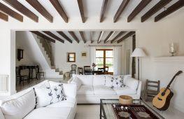 Преображаем потолок при помощи декоративных балок