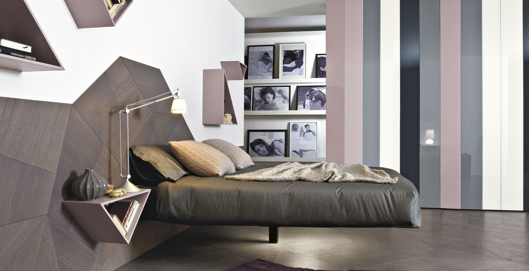 ножка парящей кровати