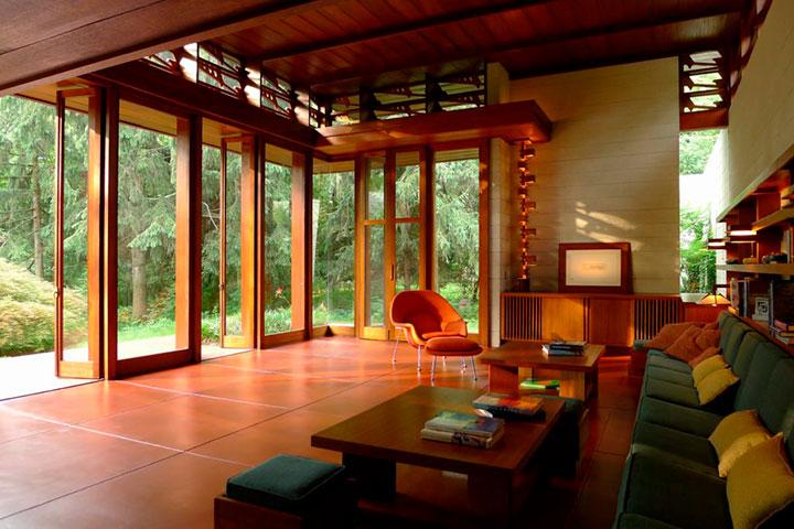 дом в стиле райта внутри