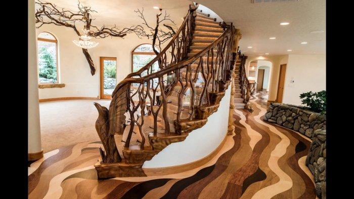 Красивый дизайн лестницы на мансарду